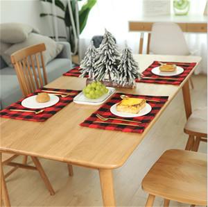 عيد الميلاد المفارش منقوشة مائدة الطعام مقاومة للحرارة Wipeable تحديد الموقع عدم الانزلاق مطبخ مكان ماتس أدوات المائدة الجدول الوسادة الديكور E102101