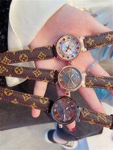 Neues Kleid LV Uhren Herrenuhr Quadratisch Rechteck Uhren Luxusmode-Quarz-Armbanduhr-Geschäfts-Mann-Uhr Großhandel