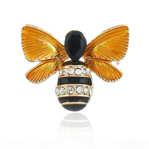 Dripping Oil Clothing Accessories Fashionable Personality Bee Brooch Restoring Ancient Ways 3D Small Animal Pins Party