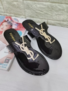 Sommer-Leder Frauen Sandalen Strand Cork Hausschuhe beiläufige Doppelschnalle Clogs Slides Frauen Beleg auf Flip Flop Schuhe Size35-42 freies Verschiffen 222