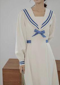 Dress women autumn French style retro design sense small crowd waist shows thin and gentle temperament goddess fan Navy collar long sleeve