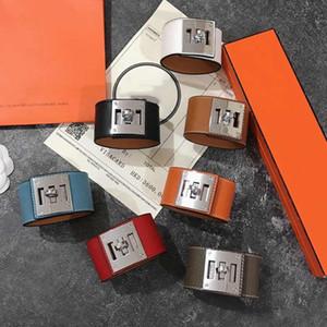 Designer de luxo jóias mulheres pulseira de couro largo braceletes com fivela rotativa punk h aurosa aço inoxidável forma ins estrela estilo