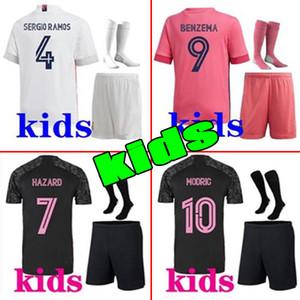 Hommes Kids 20 21 Real Madrid Jersey Hazard Sergio Ramos Benzema Soccer Camiseta de Futbol 20 21 Vinicius Jr Chemise de football de course humaine