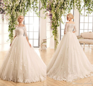 2021 Middle East Naviblue Off Shoulders Wedding Dresses Romatic Button Back Half Sleeves Lace Appliques A-line Novia Bridal Gowns with Belt