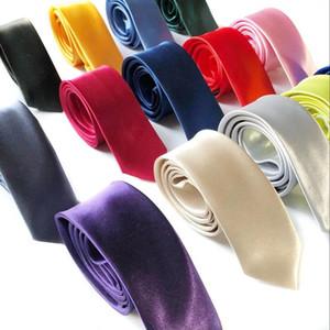 Erkekler Katı Boyun Kravat Klasik Kravatlar Moda Sıska Boyun Bağları 5 cm * 145 cm erkek Rahat Bağları 35 Renkler Düğün Malzemeleri Ücretsiz Kargo EWE14