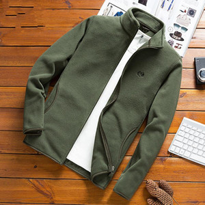 Uomini Fleece Tactical Softshell Jacket Outwear Windbreaker Polartec Thermal Giacche Male Plus Size 4XL Giacca casual per uomo