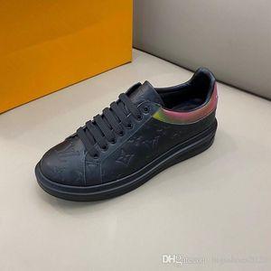 Triple S Dad Sneaker Paris Platform Sole Mens Womens Comfort Designs Shoes Retro Make Old Discount Luxury Designers Chaussures Casual Shoe