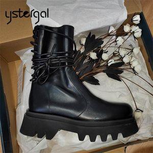 Ystergal мягкая кожа женщин Ботильоны Назад Шнуровка Плоский Boots Толстая подошва платформы обувь Женщина Черный Короткие пинетки Flats