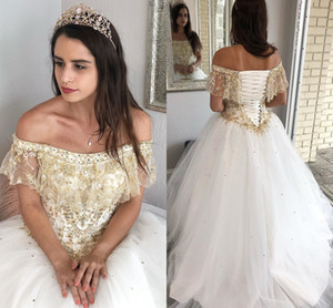 Gold Embroidered Beaded White Quinceanera Dresses 2021 Boho Off The Shoulder Tulle Ball Gowns Prom robes de soirée Sweet 16 Dress 15 Girls