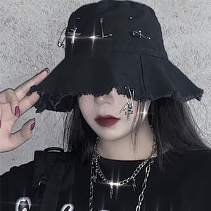 Goth Girl Harajuku Hat Female Ins na moda High Street Hip Hop Pin anéis escuros Cruz Bucket Caps Verão Grunge Brim Hat Mulheres Preto 201009