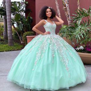 Hot Lace Applqiue Mint Green Quinceanera Dresses Crost Back Sweet 16 Prom Gowns vestidos de 15 años xv dress