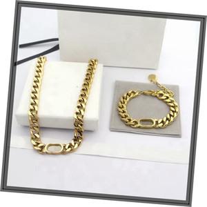 Europa Amerika Modeschmuck Sets Frauen Dame Silber / Gold Finish Metall Dicke Kette Choker Halskette Armband mit D Brief Anhänger
