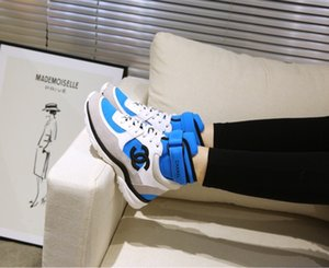 new Fashion Men Women Casual Shoes Sneakers Shoes Top Quality Genuine Leather Bee Embroideredqlm200913