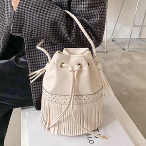 الأزياء شرابة دلو النساء الكتف حقيبة crossbody 2021 تصميم فاخر أنثى المحافظ حقيبة يد السيدات رسول حقائب عالية الجودة