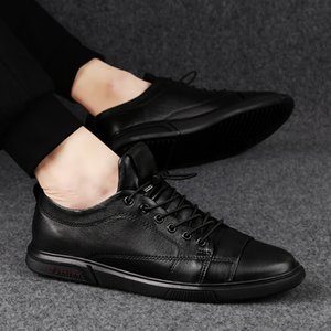 Man Flat Classic Men Dress Shoes outdoor lace up genuine Leather Wing tip Carved Italian Formal Oxfords shoes size 38-47 n1 201017