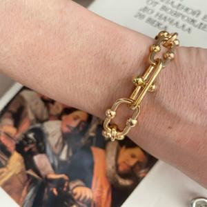 Moderna Oro Colore palla speciale Forma concatenato il braccialetto per le donne Ragazze unico speciale Trendy regalo Chic Accessori Arm