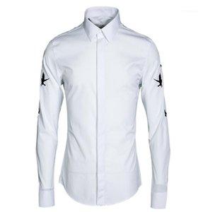 Мужские повседневные рубашки Лу Мужчины Рубашка Люкс Роскошная птичка Вышивка с длинным рукавом Платье Плюс Размер 4XL Черный Белый Мода Slim Fit Man1