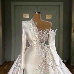 Luxury Mermaid Wedding Dresses With Detachable Train Long Sleeves Dubai Arabia Beads Ruched Satin Bridal Gowns Chic Vestidos De Novia
