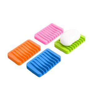 Sabão Silicone Multicolor Água Drenagem Anti Skid Soap Box Pratos de casa de banho saboneteiras Caso Início Bathroom Supplies 16 cores BWB1428