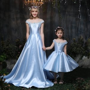 Satin Material Mother Daughter Wedding Dresses Bowtie Ball Gowns Custom Mom and Daughter Wedding Dress Family Matching Clothes