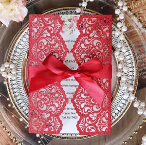 Flor roja personalizada Invitación del estampado de corte láser con goma para el banquete de boda de bricolaje cumpleaños de Quinceanera Tarjetas de Saludo