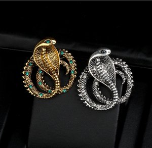 European and American personality vintage cobra brooch, domineering men's diamond brooch, zodiac snake brooch, high-quality jewelry accessor