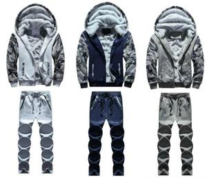Uomini giacca designer spessore caldo velluto con cappuccio dei pantaloni 2pcs Tuta abiti uomo vestito di sudore incappucciato Patchwork Autunno Inverno Outdoor sport del Mens