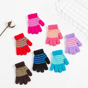 Bambini Inverno Guanti di maglia dei bambini completa Finger Glove 3 colori Knit Guanti Outdoor elastici Guanti spessore caldo guanto per 7-10Y