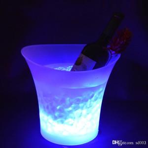 LED Işık Buz Kovaları Renk Değiştirme 5L Yuvarlak Plastik Su Geçirmez Bira Kova Moda Bar Gece Parti Aydınlık Soğutucu Dekorasyonlar 45 KF ZZ
