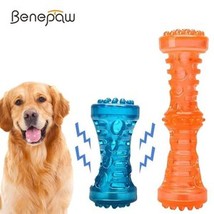 Dog Toy Benepaw Durable Interativo Chew Dente não-tóxicos de limpeza do filhote de cachorro do animal de estimação Brinquedos Som Squeaker Rubber Molar cão da vara Game Play