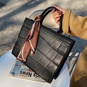 Casual Tote Bag For 2021 High Women's Quality Women Pu Leather New Pattern Handbag Designer Stone Ribbon Big Capacity Shoulder Qpwsx