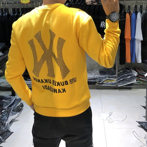 Ins net red Weiyi men's autumn and winter new fashion brand men's hot drill embroidery round neck men's personalized bottoming shirt