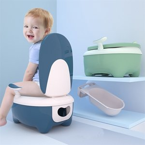 Flip Lid Portable Baby Potty Baby Toilet Car Potty Child Pot Training Girls Boy Simulation Toilet Kids Chair Toilet Seat Childs LJ201110