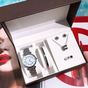 Nouvelle mode de qualité supérieure pour femmes Montres Parures Bagues Collier Boucles d'oreilles Bracelet Lady cadeau classique diamant Montre-bracelet Bijoux Designer