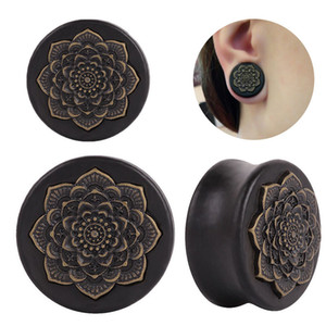 Design Black Datura Flowers Ear Plugs Wood Piercing Ear Flesh Tunnel Piercing Wood Flower Romantic Couple Earrings Body Jewelry