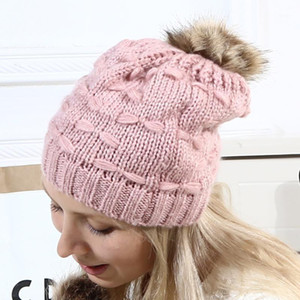 Parent-child Winter Hats Knit With Venonat Women Baby Warm Knit Wool Beanie Fur Pom Bobble Hat Crochet Cap Hot1