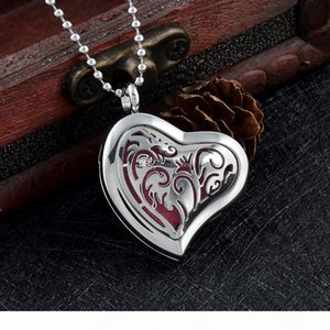 IJPD0007 Heart Diffuser Essential Oil Locket Stainless Steel Car Aromatherapy Pendant Necklace Free Pads