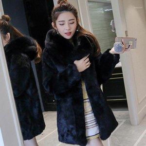 Fabrication de fourrure FAUX Véritable manteau naturel véritable avec capuche Veste de mode pour femmes Outwear sur mesure Toute taille1