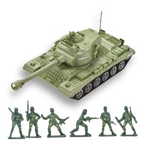 Vente chaude en plastique bon marché friction camion-citerne jouet avec soldats de l'armée pour Boy To Play modèle du véhicule