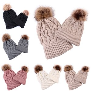 2PC Parent Child Pom Winter Hat Knitted Beanies Cap Mother Kids Fur Ball Beanie Hat Outdoor Ski Cap M191E