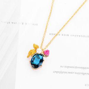 Bee Colliers Vogue Produits de Luxe Classique Honey Bee Imitation Perle Fleur Pendent Collier