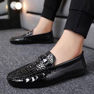 2021 mens dress shoes Formal business brogue shoes Crocodile pattern Groom shoes 494