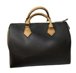 2021 Новые моды дизайнер женские сумки плечевые ремень высокого качества кожаный крест кузов тотел сумка мужчины коричневые буквы большие минимума сумки
