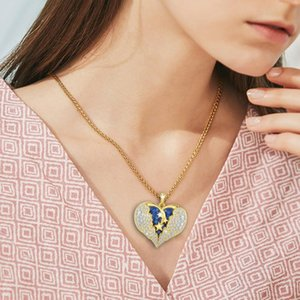 Fashion Shiny Rhinestones Pendant Sky Star Necklace For Women Graceful Golden Blue Crystal Ladies Chain Dangle Necklace