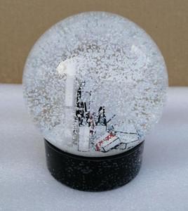 Cliente Presente de Natal New C Snow Globe C Clássicos Cartas Crystal Ball Com Gift Box Especial Limitada Presente Para VIP OWE2806