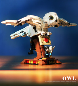 Owl flying white bird model assembling and inserting small particles building blocks educational toys holiday gifts