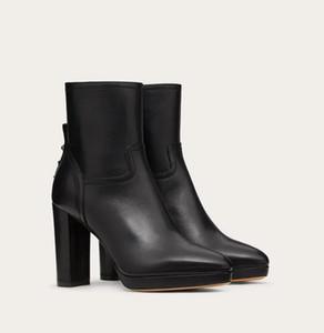 Ünlü Kış Markalar Eloise Ganimet Kadın Kaya Studs Ayak bileği Boots Chunky Topuklar Lady Patik Sivri Burun Platformu Bottes Parti, Düğün EU34-4