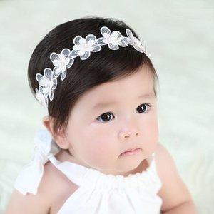 10 adet Moda Sevimli Armut Çiçek Kız Dantel Hairbands Katı Kawaii Gazlı Bez Çiçek Yenidoğan Yumuşak Bantlar Şapkalar Aksesuarları