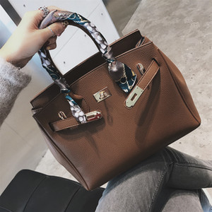 Large Capacity Women Handbags 2021 New Platinum Color Casual Shoulder Crossbody Big Bag European and American Style Fashion Purse Wholesale