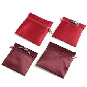 Schmuck Geschenk Verpackungsbeutel Square Pouch mit Reißverschluss Verschlussstaub Beweisschmuck Zubehör Ornament Aufbewahrungstaschen aus rotem Textil